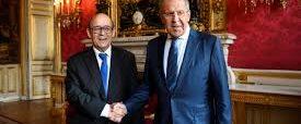 Lavrov soutien les journalistes russes à Paris